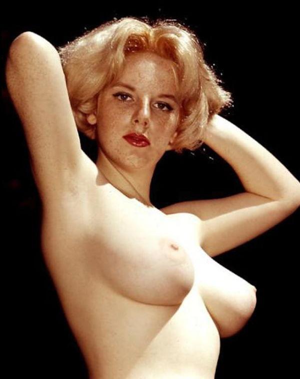 Penelope ann miller nude