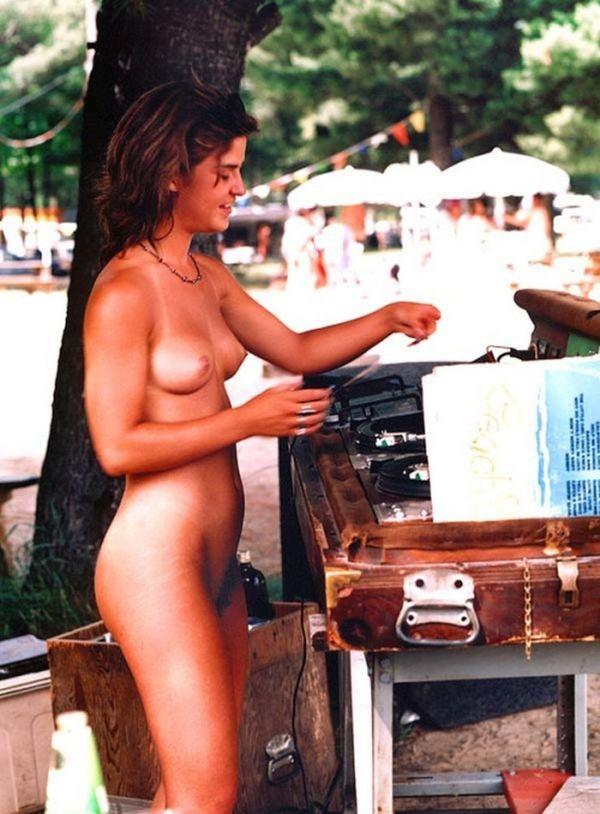 Camp nackt coleen 67