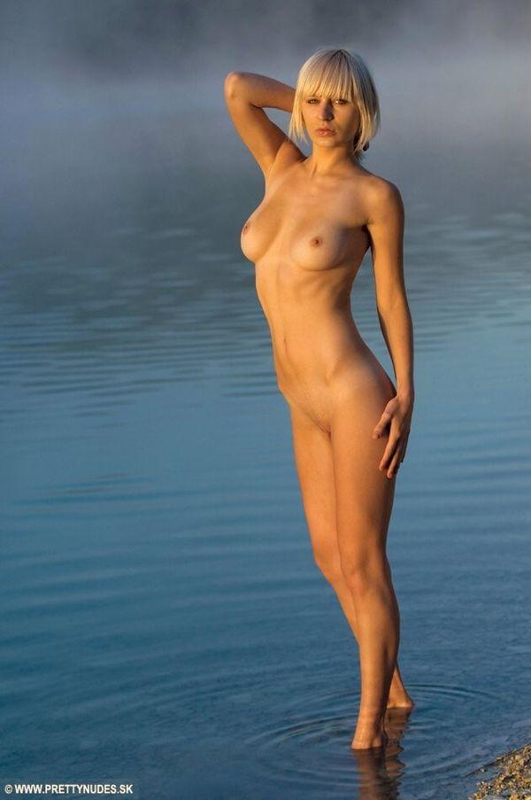 Daniela bianchi nude