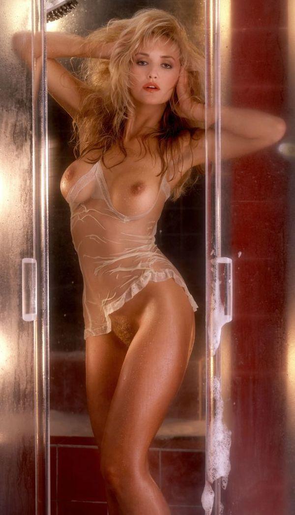 Berry nude deanne Deanne Berry