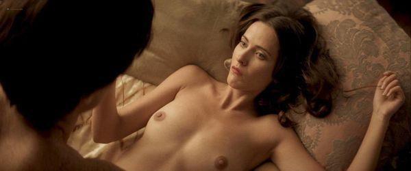 Eloise Smyth  nackt