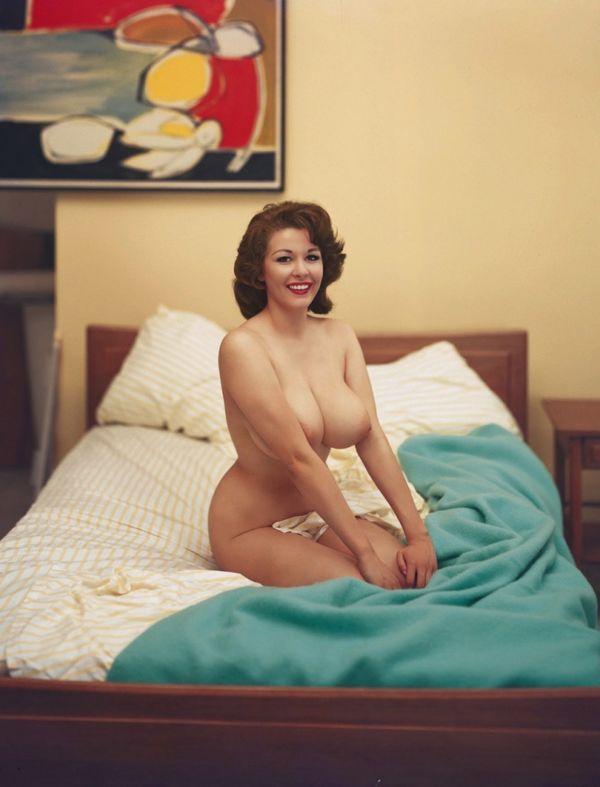 Jones-davies nude sue Celebrities who