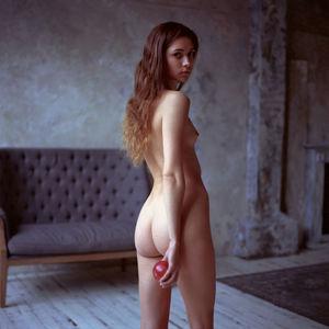 Jones-davies nude sue Famous nude